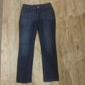 Petite Simply Vera Vera Wang jeans.